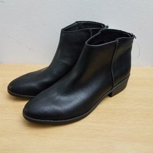 Universal Thread Emma Faux Leather Black Boot 9.5